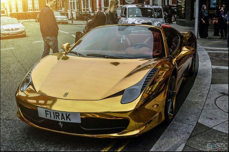 Gold Ferrari 458 Spider in Kalifornien kunstop.de/… #Gold #Ferrari #458 #Spide…
