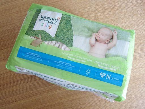 オーガニック紙おむつならジュリアロバーツやニコールリッチー、リヴ・タイラーが愛用しているセブンスジェネレーションの紙おむつがおすすめ。無添加・無漂白・ノンケミカルで化学物質不使用なので安心して赤ちゃんに仕えます。