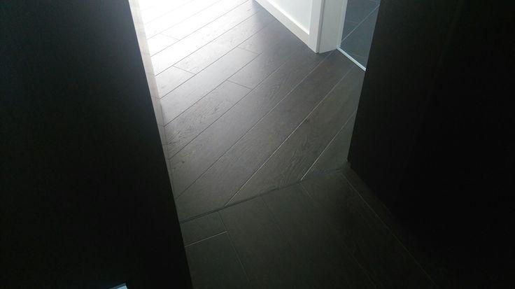 Podlaha morená DUB