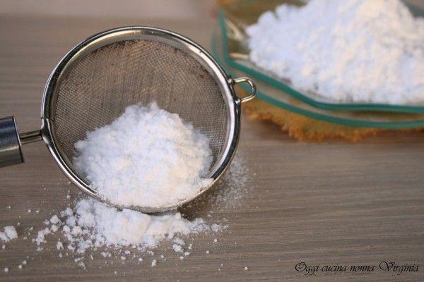 Zucchero a Velo che non si assorbe (il segreto dei pasticceri)  Link ricetta --> http://blog.giallozafferano.it/cucinanonnavirgi/2015/03/zucchero-a-velo-che-non-si-assorbe/