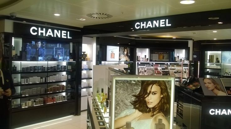 Chanel, World Of Whisky, Glasgow Airport, Glasgow International Airport, Tom Ford, Clarins, Yves St Laurent, Guerlain, Cointreau, Estee Lauder
