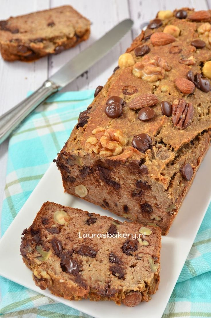 Bananenbrood met noten en chocola