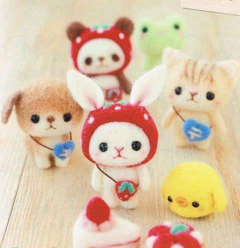 Too cute!! DIY handmade Japanese Felt Wool Friend Kit Package - Cream Tart Kitty and Cake Doggie to choose from