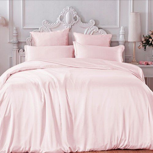 1000 ideas about light pink bedding on pinterest pink bedding set pink bedding and king bedroom. Black Bedroom Furniture Sets. Home Design Ideas