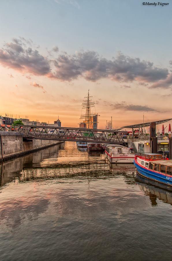 #Landungsbrücken #Hafen #Elbe #travel #explore #holiday #traveling #Wanderlust #HH #Hamburg