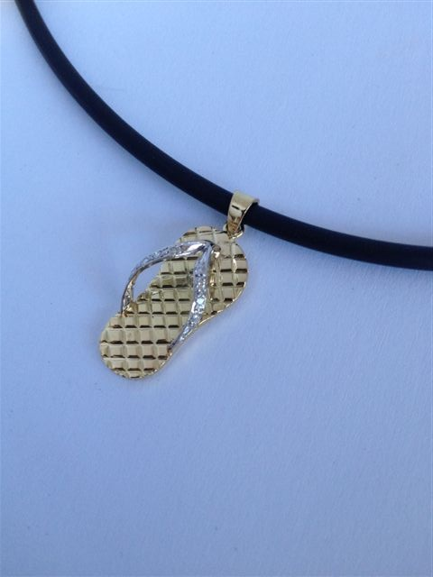 nothing 'sloppy' about this necklace ... 18ct yellow and white gold st with brilliant cut diamonds