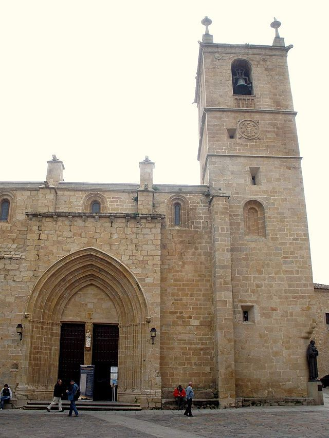 Caceres - Catedral, exteriores