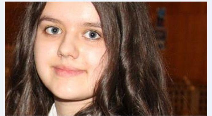 "Merita felicitata de toata Romania! La doar 14 ani Laura-Maria a fost PREMIATA de NASA si UNESCO! ""Are o inteligenta mult peste medie!"""