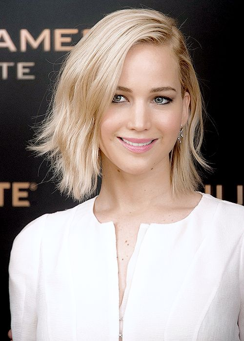 Jennifer Lawrence attending 'The Hunger Games Mockingjay: Part 2′ Photocall in Paris, France.