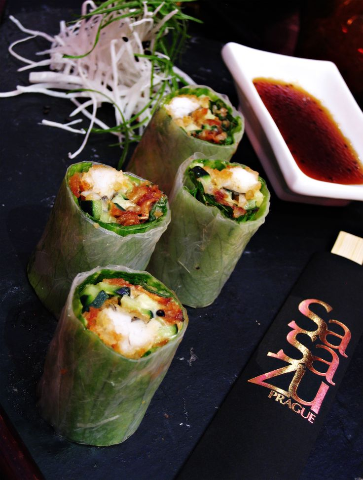Do you like cooking? Join us forCooking School where we will teach you how to prepare this delicious Hongkong Roll!