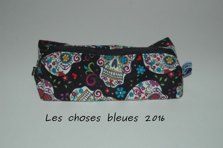 Large pencil case skull candy