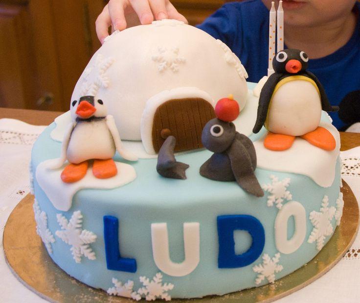 #Pingu Cake #Valentina bakeryworld  #birthday cake#torta di compleanno#torta alla vaniglia e ganache al cioccolato fondente https://www.facebook.com/ValentinaBakeryWorld