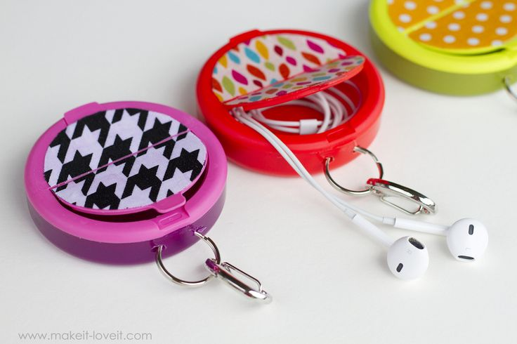 Make an EARPHONE HOLDER (…from a mint container)   Make It and Love It   Bloglovin'