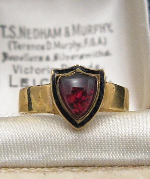 Victorian English Garnet Shield Ring 15K