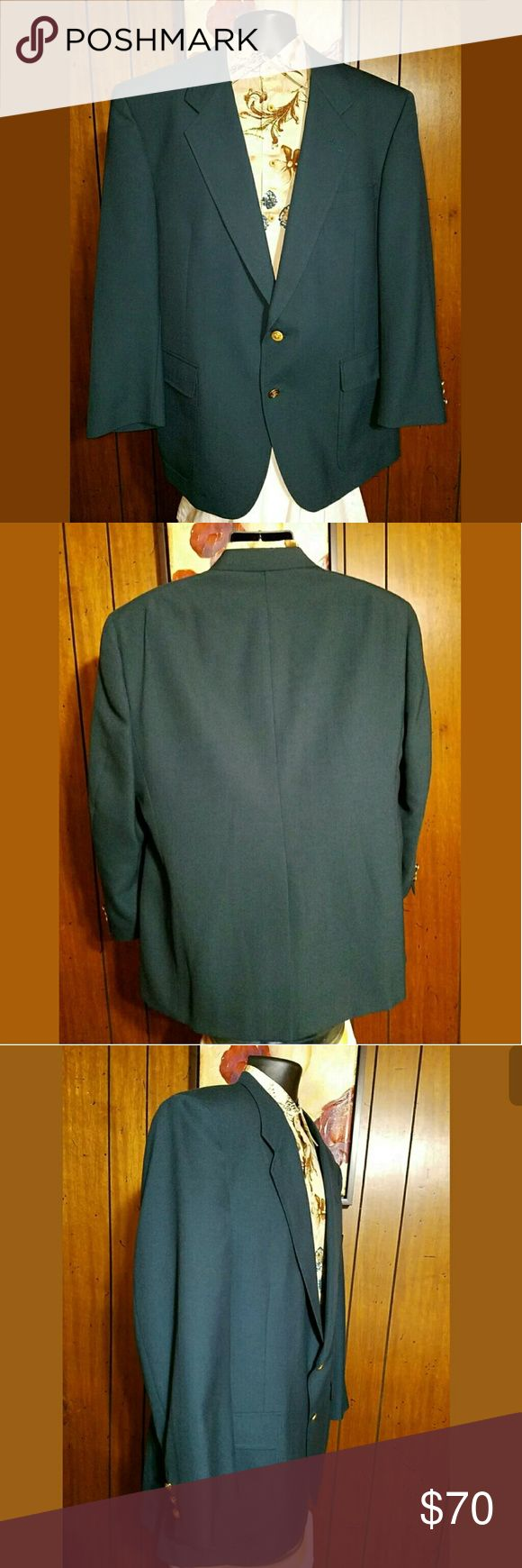 Jack Nicklaus Golf Masters Green Jacket Size 46R Jack Nicklaus Tournament Series Golf Masters Green Blazer Jacket 46R Gold Button By Hart Shaffner Marx  Excellent Pre-Owned Condition No rips stains or holes.  Feel free to ask any questions and make offers.  Jacket Measurements:  Pit to Pit: 46 Length: 33 Sleeves: 24 Waist of Jacket: 42 Shoulders: 19 Hart Schaffner Marx Suits & Blazers Sport Coats & Blazers
