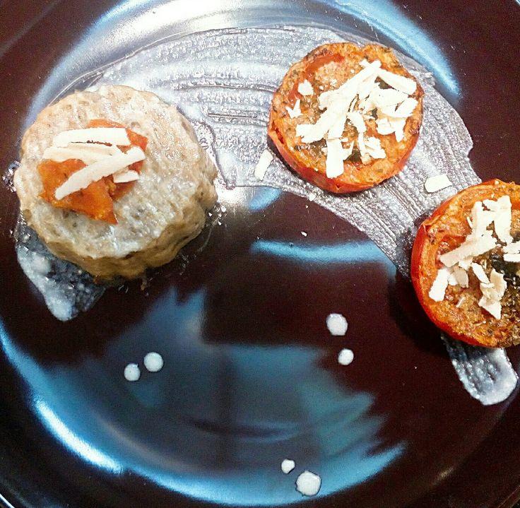 Budino di Melanzane con Pomodori Confit su vellutata di Ricotta Salata