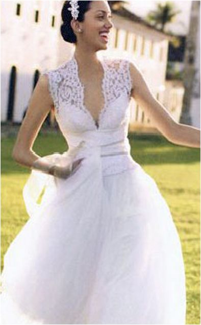 Whenever I M Reading British Wedding Magazines Often See An Ad Campaign For David Fielden Bridal Wear