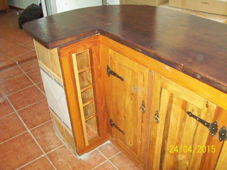 Barra armario y botellero de cocina confeccionado con - Barras de armario ...
