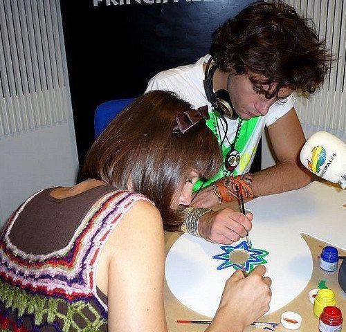 Yasmine (aka DaWack) and Mika painting