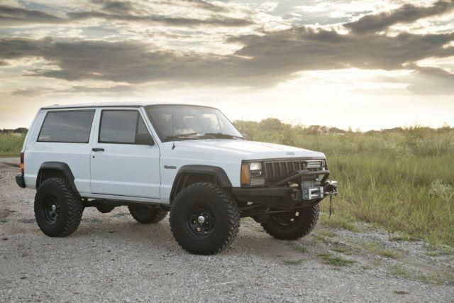 Great 2 Door Jeep Cherokee 4x4 For Sale Voitures 4x4 4x4 Voiture