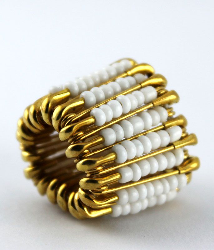 Barley ring - white