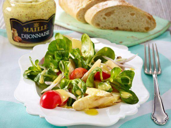 Rezept: Salat mit Spargel und Dijonnaise-Dressing
