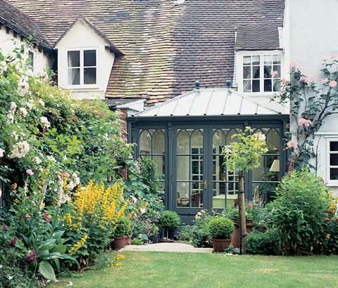 The 25 Best Ideas About Small Conservatory On Pinterest