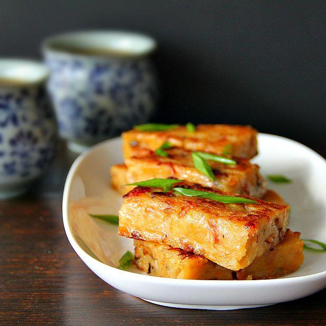 singapore shiok!: lo bak koh (radish cake)