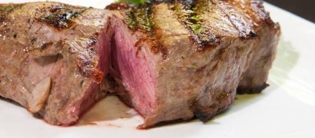 Een makkelijk te maken overheerlijke saus bij b.v. biefstuk of rosbief, maar ook smakelijk bij een lekker stukje varkensvlees. Ik heb het recept vertaald uit...