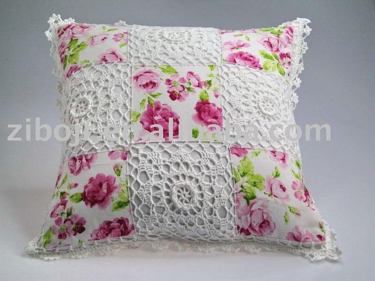 almohadones tejidos al crochet CON APLICACIONES DE BOTONES - Buscar con Google
