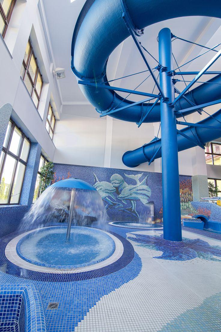Nie ma prawdziwego parku wodnego bez zjeżdzalni. :) | Can't have a real aquapark without water slides :)  #waterslide #waterpark