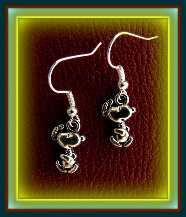 Dancing SNOOPY EARRINGS Peanut's Jewelry-Charlie Brown's Dog-Peanut's Character