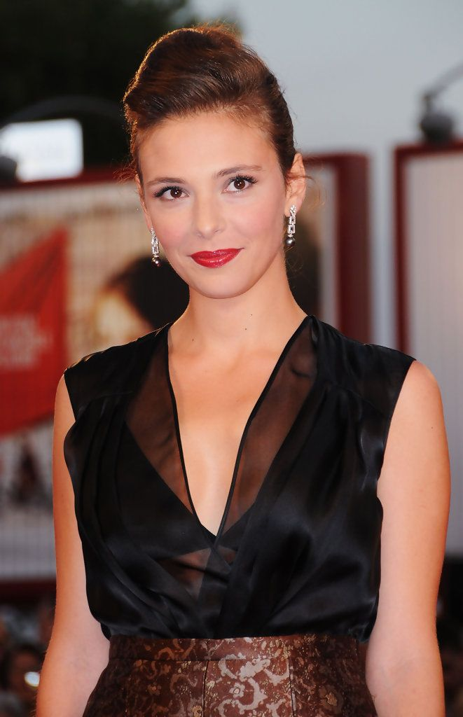 """Actress Jasmine Trinca attends the """"Il Grande Sogno"""" premiere at the Sala Grande during the 66th Venice Film Festival on September 9, 2009 in Venice, Italy."""