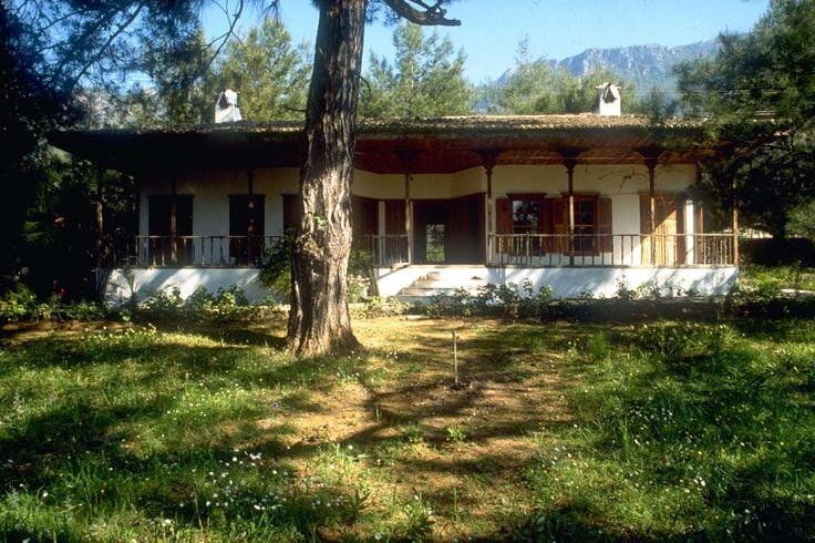 Nail Cakirhan House