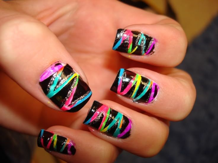 Electro Zig Zag Nail Art (love the neon) - Best 25+ Creative Nails Ideas On Pinterest Creative Nail Designs