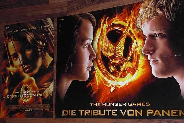 https://www.hood.de/i/die-tribute-von-panem-2-poster-peeta-katniss-07-46500050.htm