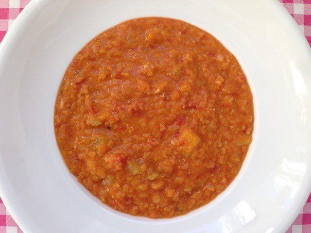 Linzensoep | Rijkelijk gevulde linzensoep op geheel Italiaanse wijze bereid | Bekijk dit soep recept op Alles Over Italiaans Eten