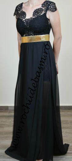 Rochie de seara neagra #rochiidesearanegre #rochiidesearafaraaplicatii #blackeveningdresses