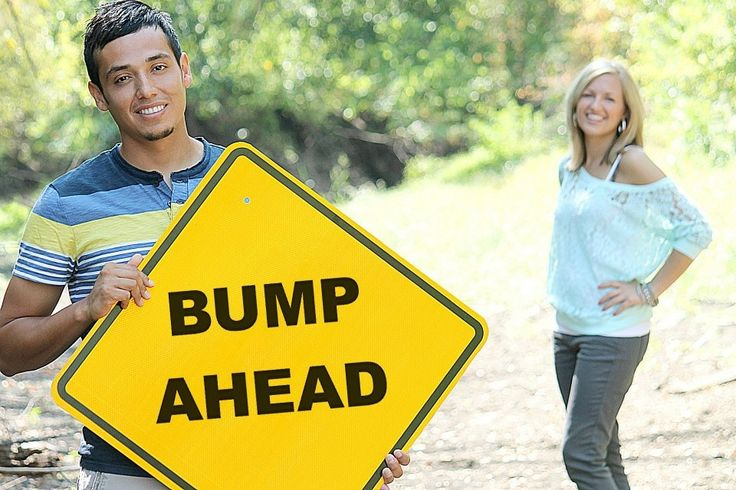 Pregnancy announcement !!: Maternity Announcements, Signs, Pregnancy Announcements, Bump Ahead, Baby Announcements, Announcements Ideas, Scary Faces