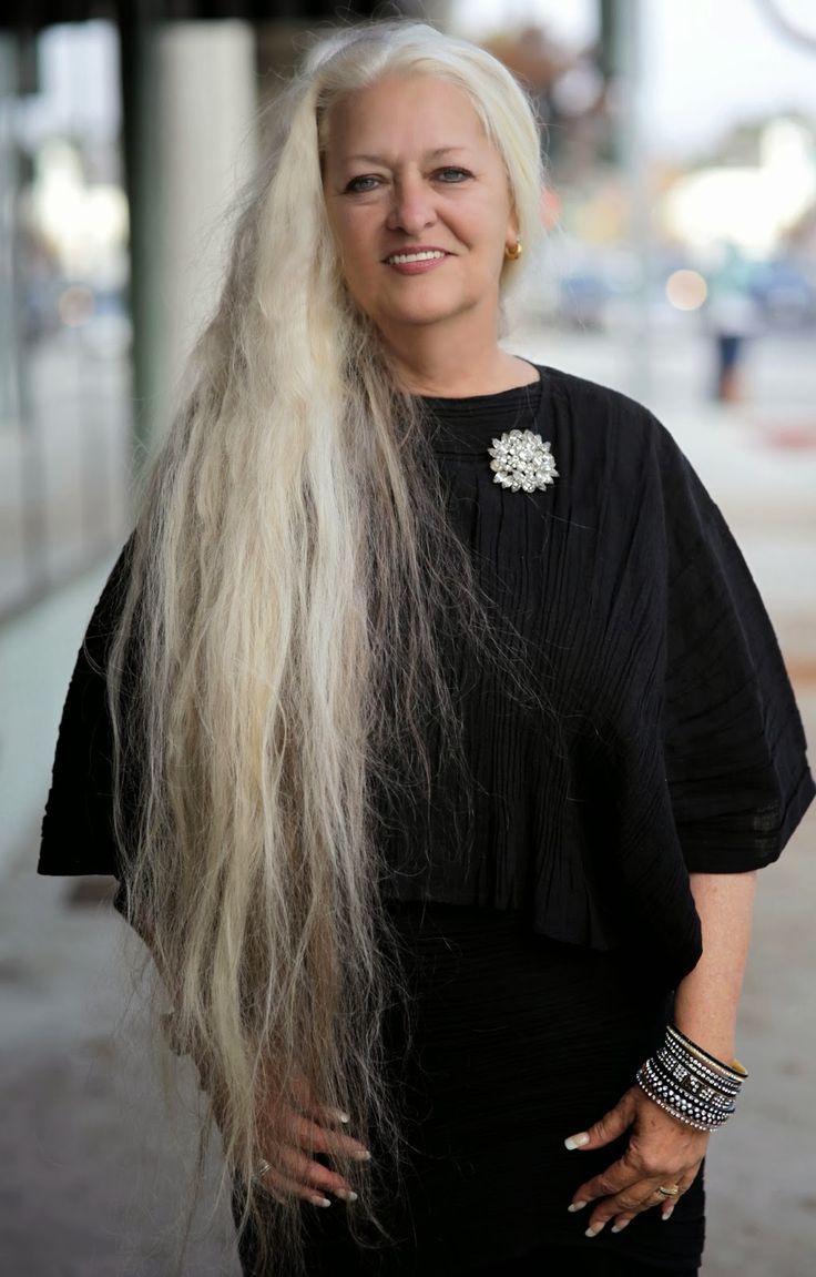 older women fashion icons
