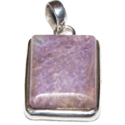 Edelsteinanhänger aus Sugilith - Quadratisch in Silberg