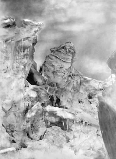 Vittorio Sella, The Duke of Abruzzi and Guides Climbing through the Chogolisa Icefall, 1909.