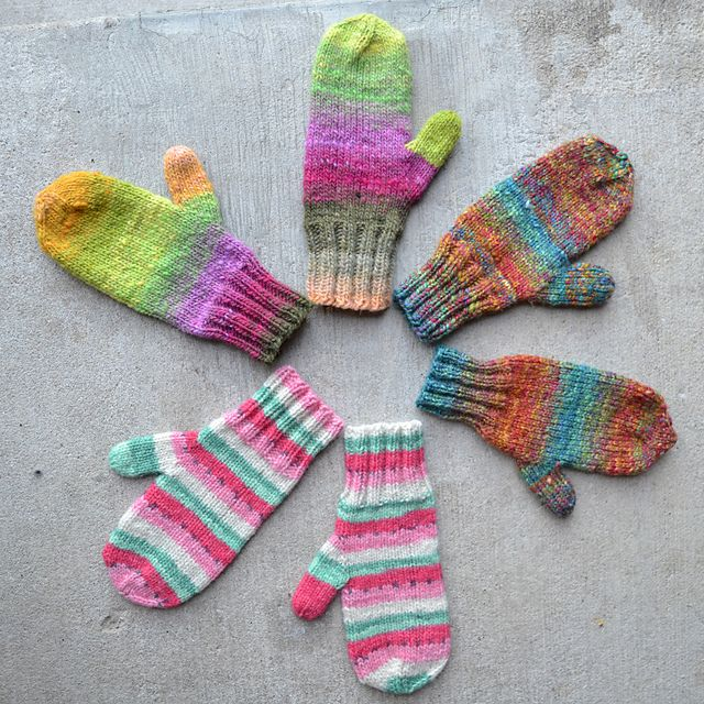 Ravelry: Waiting for Winter Mittens & Fingerless Mitts pattern by Susan B. Anderson