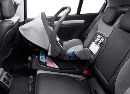 Renault Base For Babysafe Plus Baby Seat 7711427427