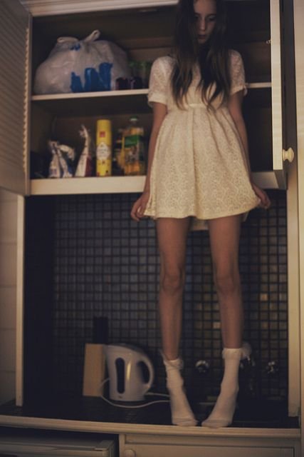 """""""What is the girl doing in the kitchen? She was supposed to be in the Queen's dormitory hours ago!"""""""