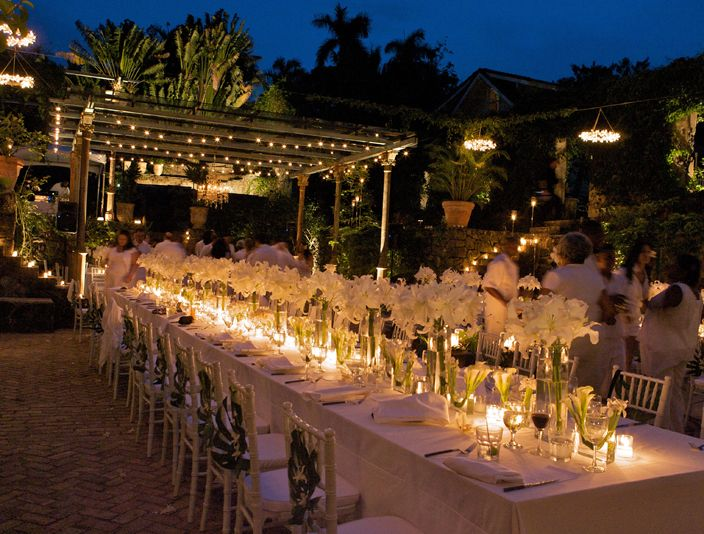 White and lightsRepinscenterpiec, Outdoor Wedding, White Flower, Tropical White, David Tutera, Brides, White Weddings, Long Tables, Outdoor Receptions