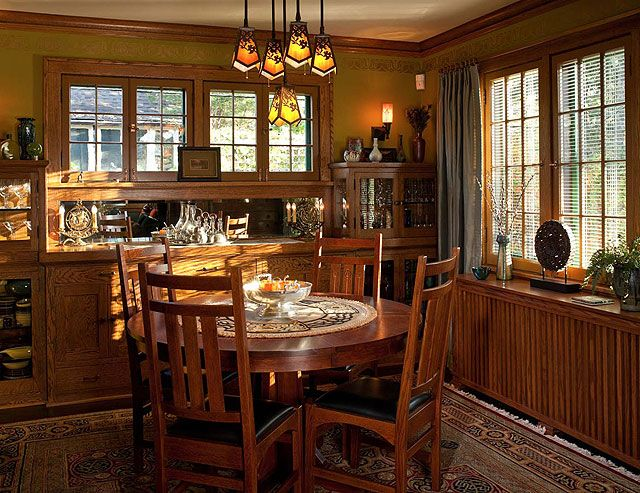 Best 25 Bungalow Interiors Ideas On Pinterest Craftsman Craftsman Wall Lighting And Half Walls