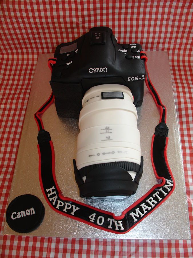 Canon Camera Cake Design : 1000+ images about Cake decorating ideas: cameras on ...