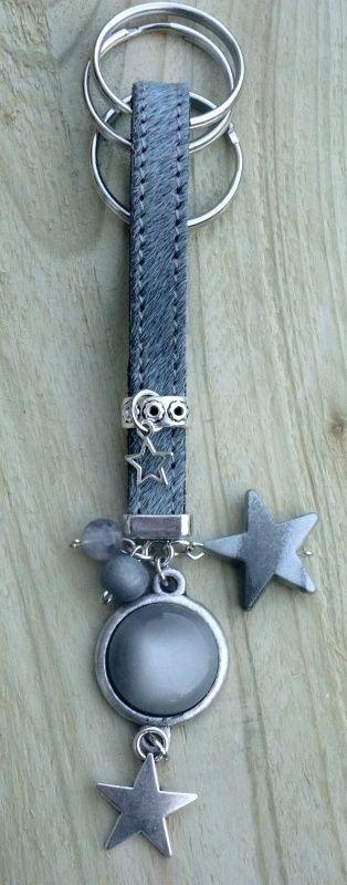 Sleutel / tashanger vacht leder met bedels blue/grey (kan met foto)