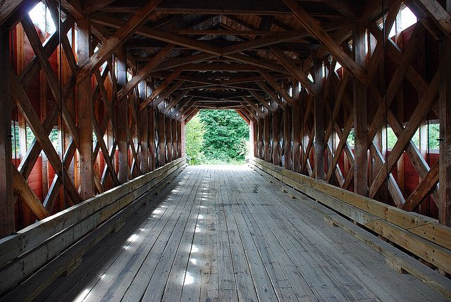 Quebec - Saguenay - Roofed bridge